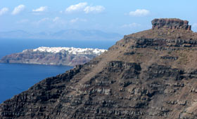 Santorini - looking towards Ia