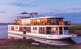 Africa cruises on board African Dream