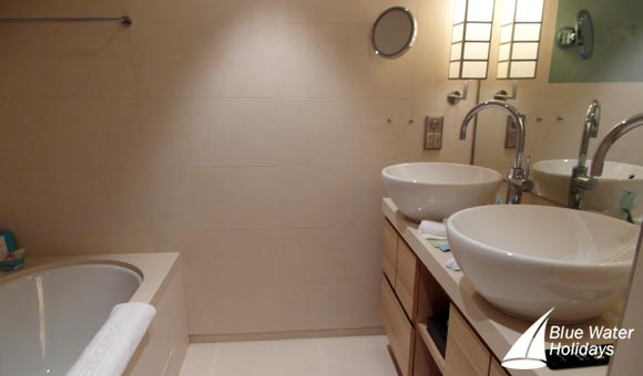 Large bathrooms and separate toilets in Grand Suites