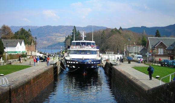 Lord of the Glens entering a Canal Lock