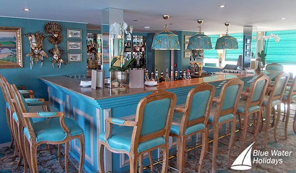 Have a drink at the Castillo Bar
