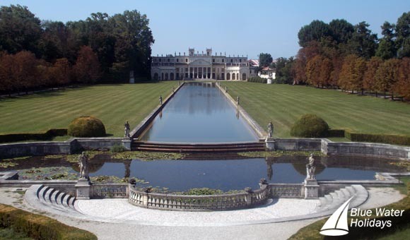 Visit the magnificent Villa Pisani on an excursion