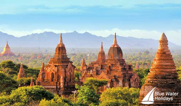 Discover the iconic temples at Bagan in Burma