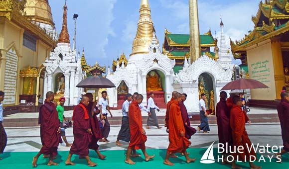 Buddhist monks at the Shwedagon Pagoda
