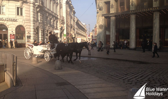 Horse-drawn cart in Vienna