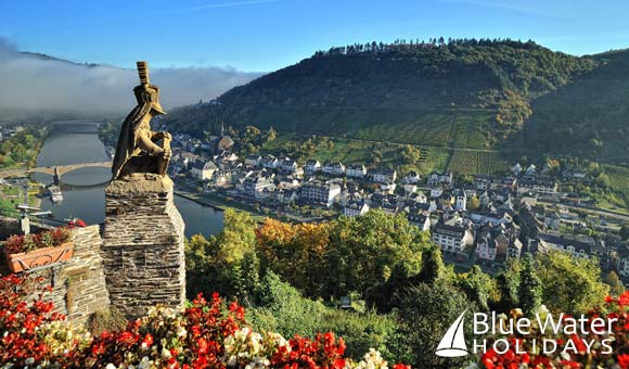 Explore picturesque villages along the Rhine