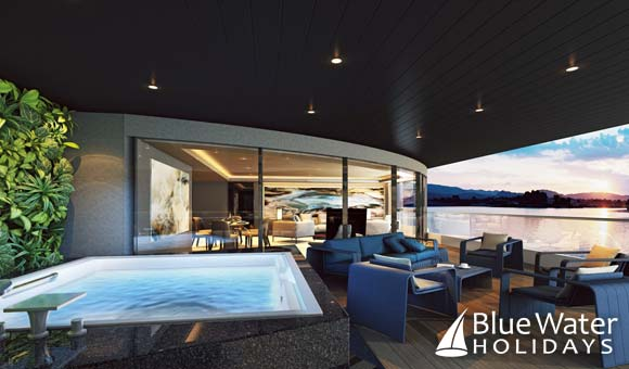Owner's Penthouse Suite terrace and Jacuzzi