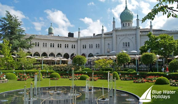 Discover the beautiful Tivoli Gardens in Copenhagen