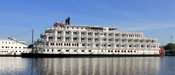 Queen Of The Mississippi And America From American Cruise Lines