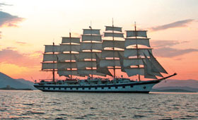 Enjoy an authentic tall ship cruise